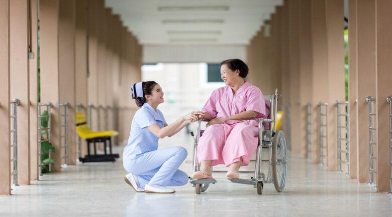 【2021年最新】看護師ついて徹底解説! イメージ